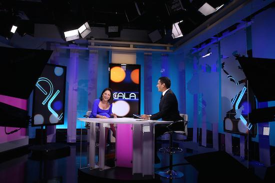Ismael Cala y Gloria Estéfan, la reina de la canción | Ismael Cala Apadrina al Red Shoe Movement
