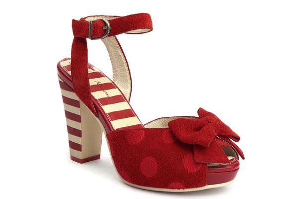 Zapatos con look vintage rojos de Lola Ramona
