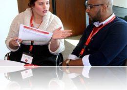 Una conversación dificil- Foto sacada en el RSM Signature Event NYC