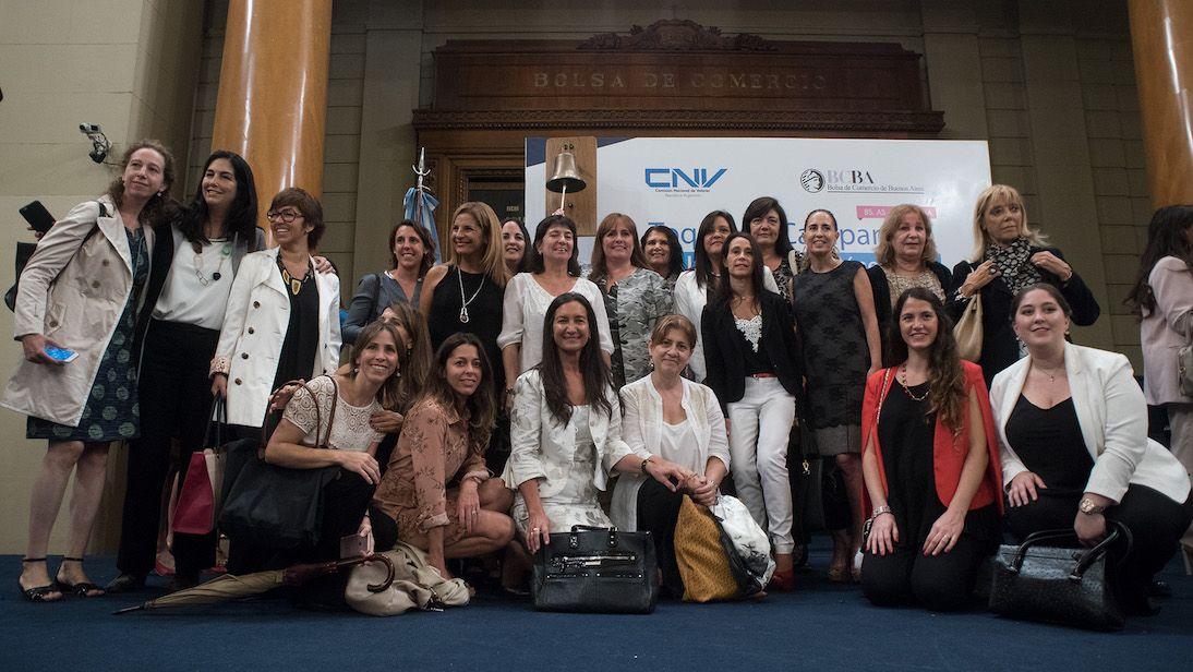 Nuestro equipo participó del Toque de Campana por Equidad de Género en Argentina