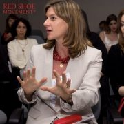 Maria Jose Gomez habla en evento de Novartis