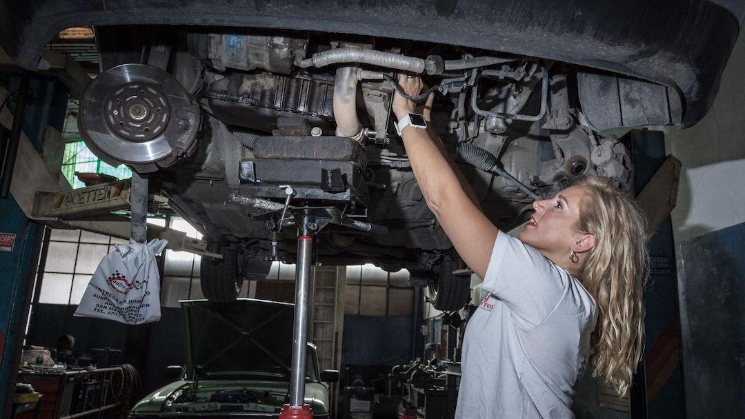 Aprender sobre tu vehículo refuerza tu independencia y autoconfianza.