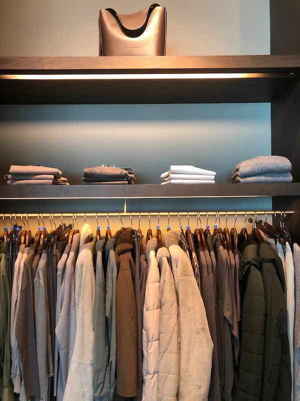 Ordenar closets en esta época de encierro puede ayudarte a controlar tu anseiedad. Photo Credit- Dhruv Patel. Unsplash