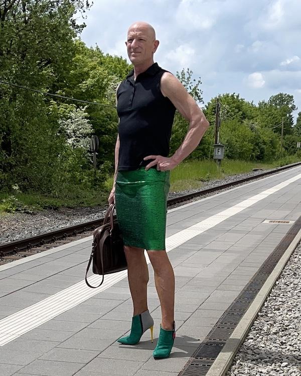 Mark Bryan desafiar estereotipos con cada elección de ropa